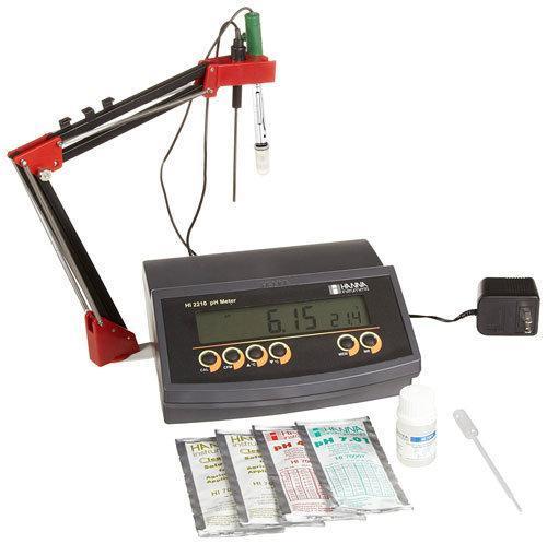 เครื่องวัดกรด-ด่าง pH Benchtop Meter แบบตั้งโต๊ะ HI2210