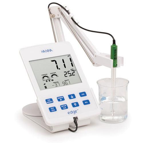 เครื่องวัดกรดด่าง โออาร์พีแบบตั้งโต๊ะ pH/ORP Benchtop Meter รุ่น HI2002