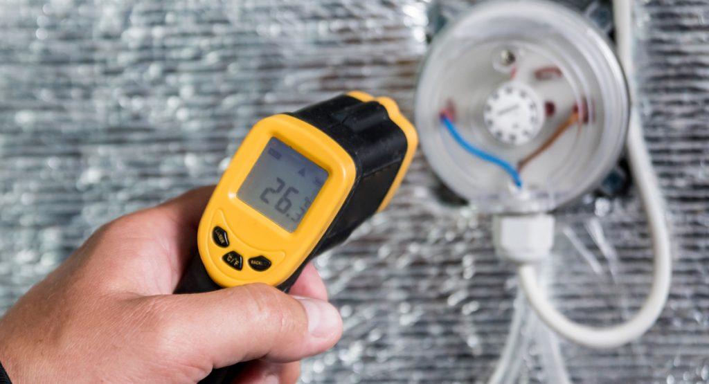 เครื่องวัดอุณหภูมิอินฟราเรดอุตสาหกรรมและ HVAC