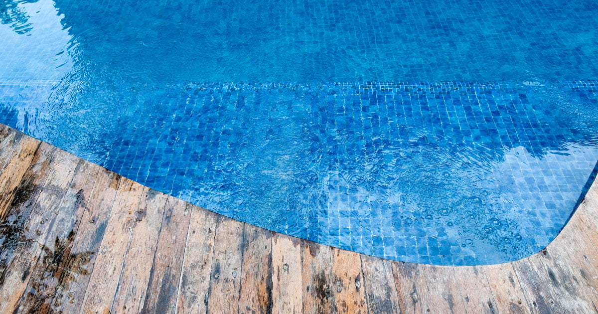 คลอรีนสระว่ายน้ำ
